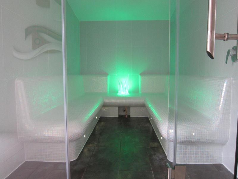 Tassie Pools and Spas: Saunas and steam room manufacture and ...